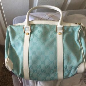 NWT Gucci Seafoam & White Leather Barrel Satchel